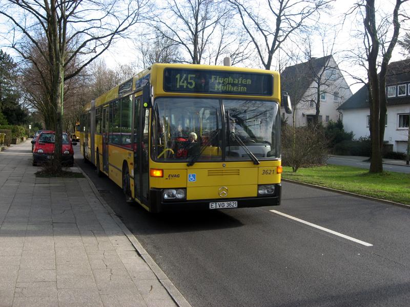 bilder von bus bahn evag was ist ein spurbus. Black Bedroom Furniture Sets. Home Design Ideas