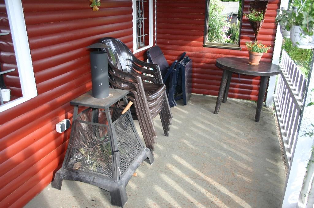 wei e farbe f r gartenhaus zaun seite 2. Black Bedroom Furniture Sets. Home Design Ideas