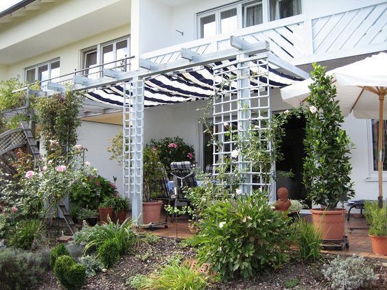 sonnensegel f r terrasse seite 2 terrasse balkon mein. Black Bedroom Furniture Sets. Home Design Ideas