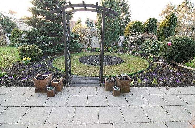 Japanischer garten auf knapp 100 qm mein sch ner for Gartengestaltung 100 qm