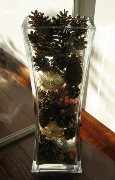 Weihnachtsdeko in vase