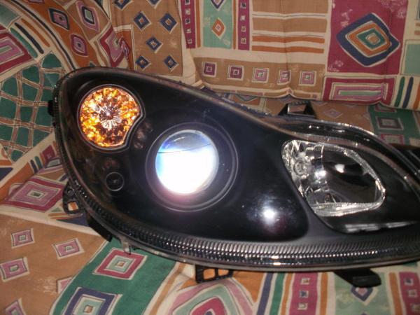 umbau scheinwerfer schwarz und led leuchtband smartfahrer forum. Black Bedroom Furniture Sets. Home Design Ideas
