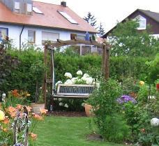 Rosenbogen gartengestaltung for Gartengestaltung rosenbogen