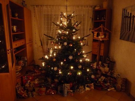 weihnachtsbaum page 3 mein sch ner garten forum. Black Bedroom Furniture Sets. Home Design Ideas