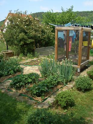 tomatenzelt selber bauen mein sch ner garten forum. Black Bedroom Furniture Sets. Home Design Ideas