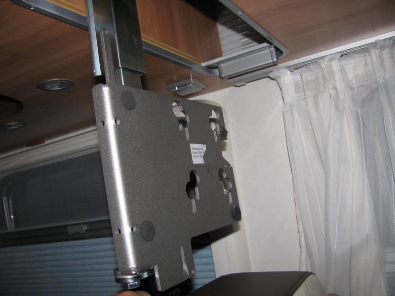 mobile freiheit thema anzeigen fernseher 12v empfehlung. Black Bedroom Furniture Sets. Home Design Ideas