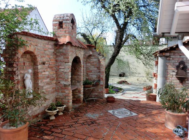 sitzecke im garten mit steinmauer – rekem, Garten Ideen