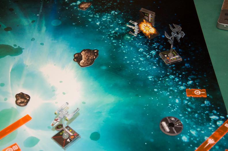 Die Ioniker vs. Bad Shuttles Cptufuioivbknkkno