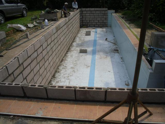 A swimming pool in thailand so easy page 8 - Cinder block swimming pool construction ...