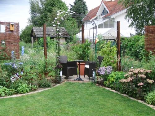 Minig rtchen gartenvorstellungen hier bitte keine for Gartengestaltung grillecke