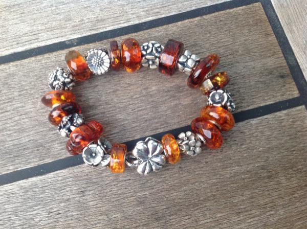 amber flowers D1i56631bf3wdu2pz