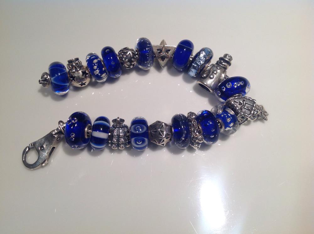 blue winter bracelet D45humvzjkcsvrvl5