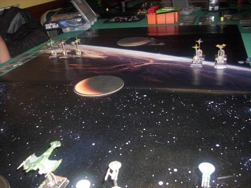 Chaos in Space ... Daj12kyns44riyb19