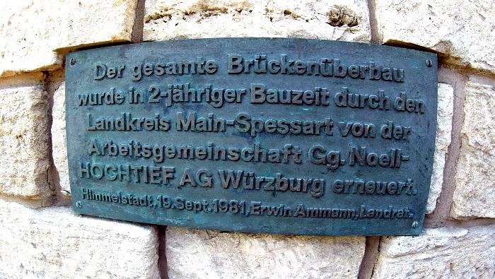 Bautafel an der Mainbrücke-Himmelstadt